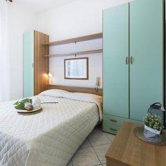 Hotel Esplanade Римини комната для гостей