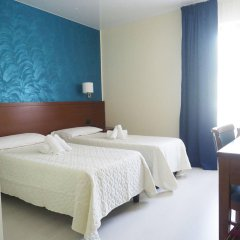 Hotel Montescano Сан-Мартино-Сиккомарио комната для гостей фото 5