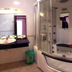 Отель Bach Dang Hoi An Hotel Вьетнам, Хойан - отзывы, цены и фото номеров - забронировать отель Bach Dang Hoi An Hotel онлайн ванная фото 2