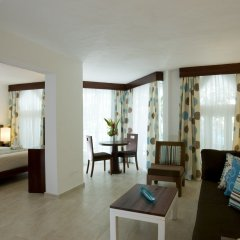 Отель Grand Paradise Playa Dorada - All Inclusive комната для гостей