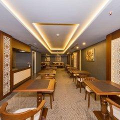 Genova Hotel гостиничный бар