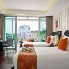Отель Dusit Suites Hotel Ratchadamri, Bangkok Таиланд, Бангкок - 1 отзыв об отеле, цены и фото номеров - забронировать отель Dusit Suites Hotel Ratchadamri, Bangkok онлайн комната для гостей фото 2