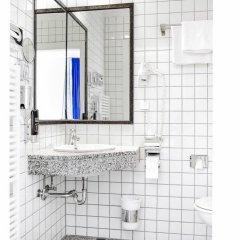 Отель Altera Pars Германия, Кёльн - отзывы, цены и фото номеров - забронировать отель Altera Pars онлайн ванная