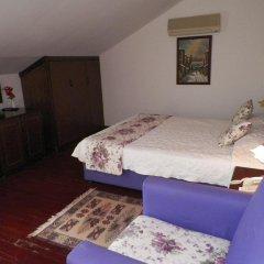 Hotel Club-E сейф в номере