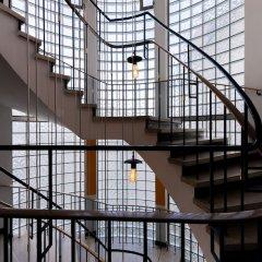 Отель Hardrock Motown Dom Hostel Германия, Кёльн - отзывы, цены и фото номеров - забронировать отель Hardrock Motown Dom Hostel онлайн спортивное сооружение