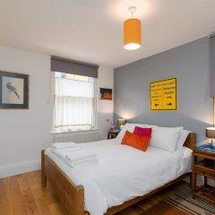 Отель Good Size 2 Bedroom in a Perfect Location Великобритания, Лондон - отзывы, цены и фото номеров - забронировать отель Good Size 2 Bedroom in a Perfect Location онлайн комната для гостей фото 5