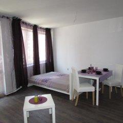 Отель Purple Orange Studios Болгария, Поморие - отзывы, цены и фото номеров - забронировать отель Purple Orange Studios онлайн комната для гостей