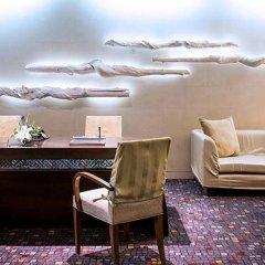 Отель Furama Silom, Bangkok интерьер отеля