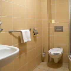 Отель Marysin Dwór Польша, Катовице - 1 отзыв об отеле, цены и фото номеров - забронировать отель Marysin Dwór онлайн ванная