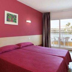 Отель Medplaya Hotel Calypso Испания, Салоу - отзывы, цены и фото номеров - забронировать отель Medplaya Hotel Calypso онлайн комната для гостей