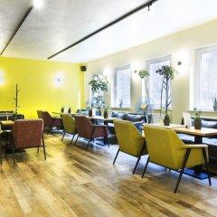Отель Five Reasons Hotel & Hostel Германия, Нюрнберг - 1 отзыв об отеле, цены и фото номеров - забронировать отель Five Reasons Hotel & Hostel онлайн интерьер отеля фото 3
