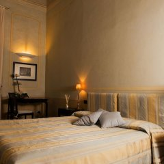 Отель Residenza D'Epoca Palazzo Galletti сейф в номере
