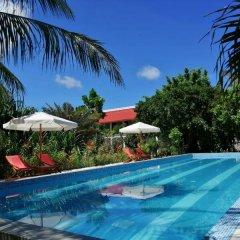Отель Evexia Beach Collection Laamu бассейн