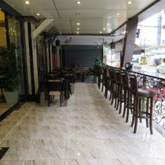 Nida Rooms Regal Marble Hotel питание фото 2