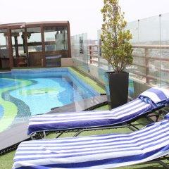 Отель Sea View Hotel ОАЭ, Дубай - отзывы, цены и фото номеров - забронировать отель Sea View Hotel онлайн бассейн фото 3