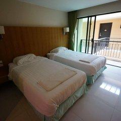 Hotel on Hilltop сейф в номере