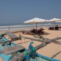 Отель Wunderbar Beach Club Hotel Шри-Ланка, Бентота - отзывы, цены и фото номеров - забронировать отель Wunderbar Beach Club Hotel онлайн пляж фото 2