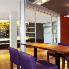 Отель Four Points by Sheraton Bolzano Больцано гостиничный бар