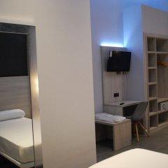 Отель Hostal Plaza Goya Bcn Барселона удобства в номере фото 2