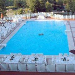 Kartepe Park Hotel Турция, Дербент - отзывы, цены и фото номеров - забронировать отель Kartepe Park Hotel онлайн бассейн