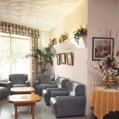 Отель San Juan Park Испания, Льорет-де-Мар - 1 отзыв об отеле, цены и фото номеров - забронировать отель San Juan Park онлайн интерьер отеля