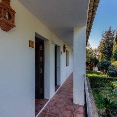 Отель Hacienda Roche Viejo Испания, Кониль-де-ла-Фронтера - отзывы, цены и фото номеров - забронировать отель Hacienda Roche Viejo онлайн балкон