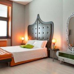 Orange Hotel сейф в номере