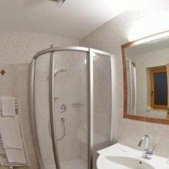 Отель Feichter Австрия, Зёлль - отзывы, цены и фото номеров - забронировать отель Feichter онлайн ванная