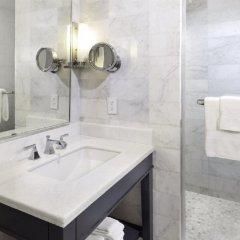 Отель Fontainebleau Miami Beach ванная фото 2