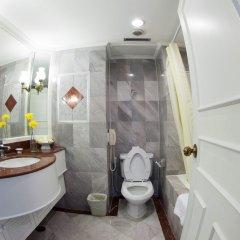 Отель Windsor Suites And Convention Бангкок ванная