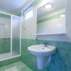 Отель Kaskada Hotel Польша, Познань - отзывы, цены и фото номеров - забронировать отель Kaskada Hotel онлайн ванная