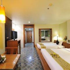 Отель The Royal Paradise Hotel & Spa Таиланд, Пхукет - 4 отзыва об отеле, цены и фото номеров - забронировать отель The Royal Paradise Hotel & Spa онлайн комната для гостей фото 4