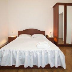 Гостиница Renaissance Suites Odessa комната для гостей фото 3