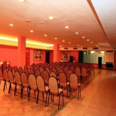 Отель Ohtels Vila Romana Испания, Салоу - 5 отзывов об отеле, цены и фото номеров - забронировать отель Ohtels Vila Romana онлайн помещение для мероприятий