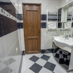 Отель Meidan Suites Грузия, Тбилиси - отзывы, цены и фото номеров - забронировать отель Meidan Suites онлайн ванная фото 2