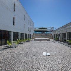 Отель HI Parque das Nações – Pousada de Juventude Португалия, Лиссабон - отзывы, цены и фото номеров - забронировать отель HI Parque das Nações – Pousada de Juventude онлайн парковка