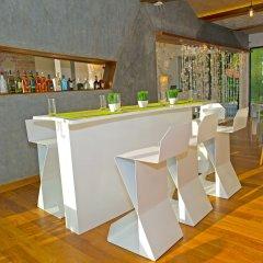 Hotel J Ambalangoda гостиничный бар