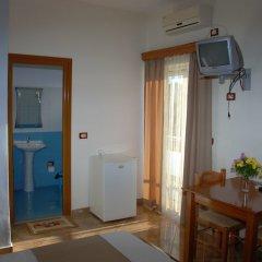 Отель Villa Blue Албания, Ксамил - отзывы, цены и фото номеров - забронировать отель Villa Blue онлайн удобства в номере фото 2