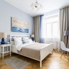 Апартаменты Apartment near Hermitage Санкт-Петербург комната для гостей фото 2