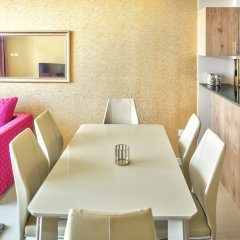 Отель Luxury Staycation - Continental Tower комната для гостей фото 4