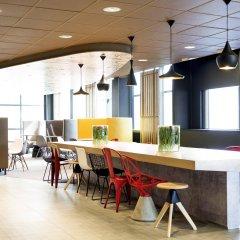 Отель ibis Schiphol Amsterdam Airport Нидерланды, Бадхевердорп - 7 отзывов об отеле, цены и фото номеров - забронировать отель ibis Schiphol Amsterdam Airport онлайн помещение для мероприятий фото 2