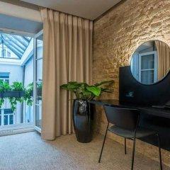 Отель Artagonist Art Hotel Литва, Вильнюс - 1 отзыв об отеле, цены и фото номеров - забронировать отель Artagonist Art Hotel онлайн сейф в номере