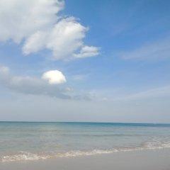 Отель Marina Hut Guest House - Klong Nin Beach пляж