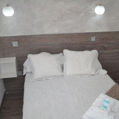 Отель Hostal Meyra Испания, Мадрид - отзывы, цены и фото номеров - забронировать отель Hostal Meyra онлайн комната для гостей