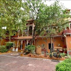 Отель Chokhi Dhani Resort Jaipur парковка