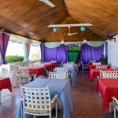 Отель Baywatch Beach at Montego Bay Club питание