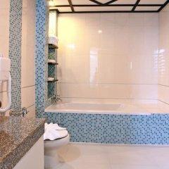 Отель Pattaya Loft Hotel Таиланд, Паттайя - отзывы, цены и фото номеров - забронировать отель Pattaya Loft Hotel онлайн ванная фото 2