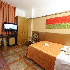 Отель Just Hotel St. George Италия, Милан - 11 отзывов об отеле, цены и фото номеров - забронировать отель Just Hotel St. George онлайн комната для гостей фото 2