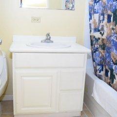 Отель Winchester 16A by Pro Homes Jamaica ванная