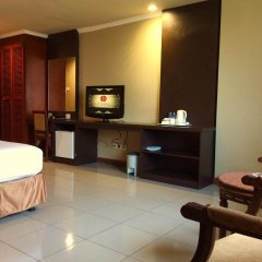 Hotel Olympic In Jakarta Indonesia From 28 Photos Reviews Zenhotels Com